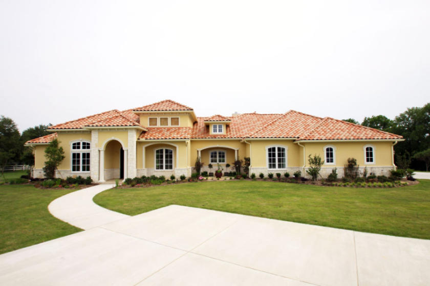 Ranch Estates, 2011. 5,535 Square Feet.